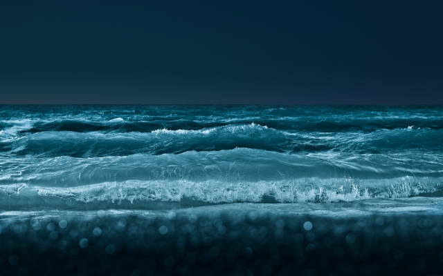 beach_night_waves_shore_1920x1200_wallpaper_Wallpaper_2560x1600_www.wallpaperswa.com